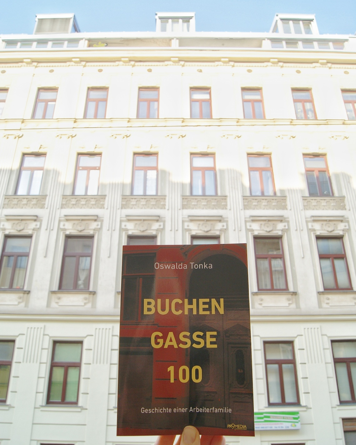 "Foto-Serie ""Authentic Reading"" – Books in Vienna"
